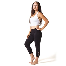 Beckons Organic Love Lace-up Yoga Capri