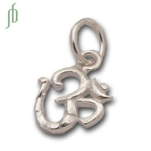 Om Charm Tiny Silver w/ 5 mm jump ring